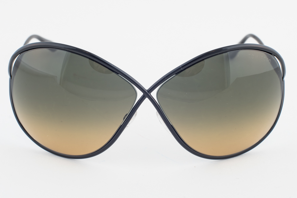 New Tom Ford Liliana Black   Green Gradient Sunglasses TF131 01P 4a9d0bb8e48